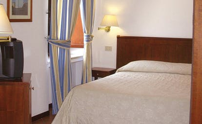 Villa Meligunis Sicily sea view room television modern décor