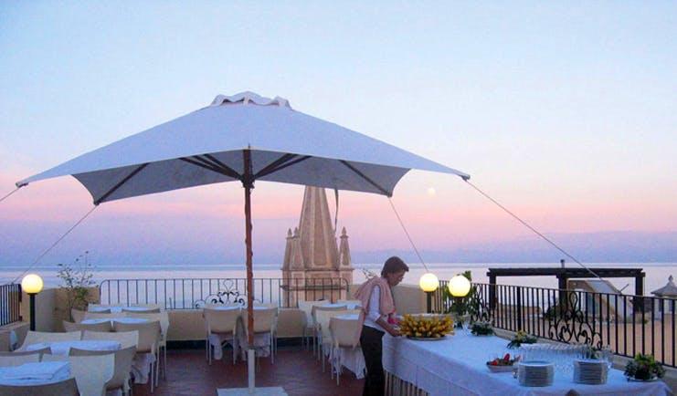 Villa Meligunis Sicily terrace bar outdoor dining area sea views
