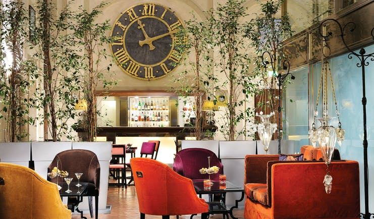 Grand Hotel Continental Tuscany bar indoor dining contemporary décor