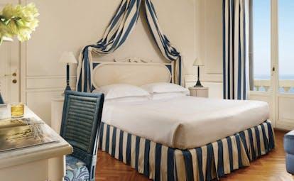 Principe di Piemonte Tuscany superior sea view bedroom modern décor