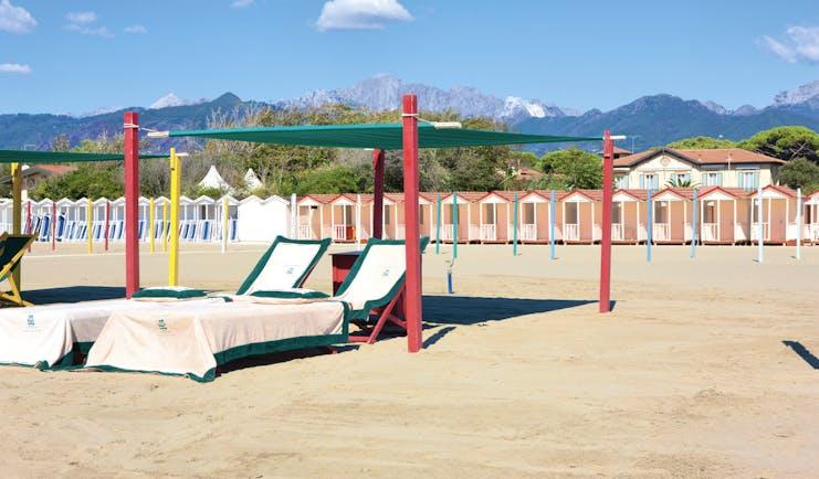 Hotel Byron Tuscany beach sandy beach sun loungers