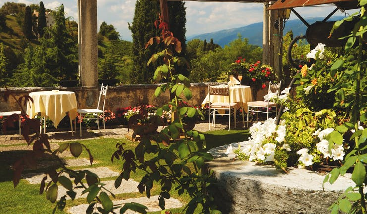 Villa Cipriani Veneto gardens outdoor seating roses views over the countryside
