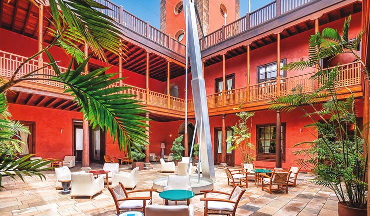 Hotel San Roque Tenerife exterior courtyard outdoor seating palm trees