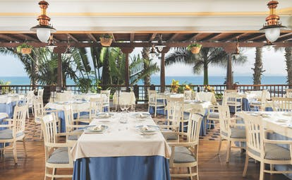 Princesa Yaiza restaurant, elegant dining area with views over the sea
