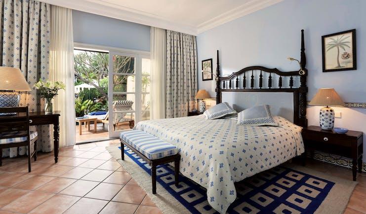 Seaside Grand Hotel Residencia Canary Islands standard room balcony modern décor