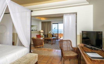 La Plantacion del Sur Tenerife suite canopied bed lounge area balcony modern décor