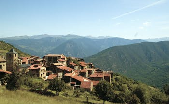 Hotel el Castell de Ciutat Catalonia mountains countryside