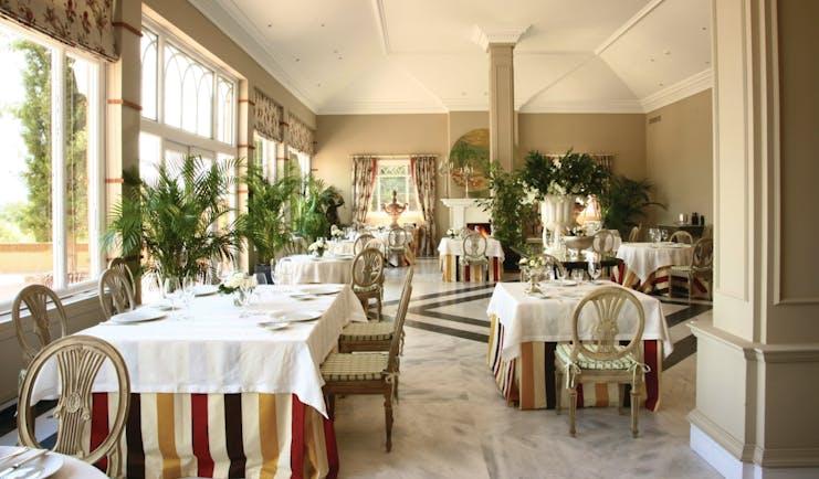 Hotel Valdepalacios Heart of Spain restaurant indoor dining area elegant décor