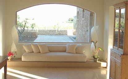 Can Simoneta Mallorca lobby sofa large window modern décor