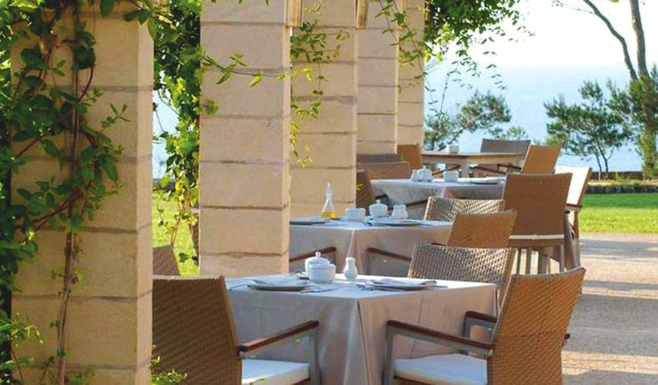 Can Simoneta Mallorca outdoor dining terrace views of gardens and sea