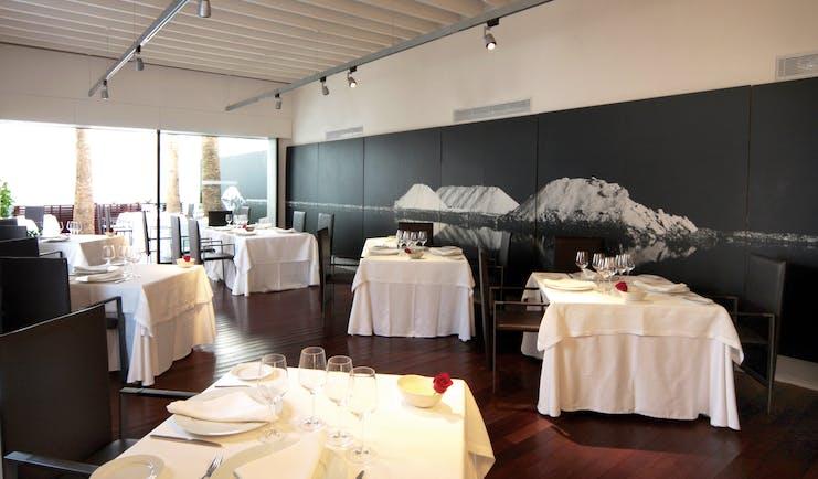 Convent de la Missio Mallorca restaurant indoor dining area modern décor