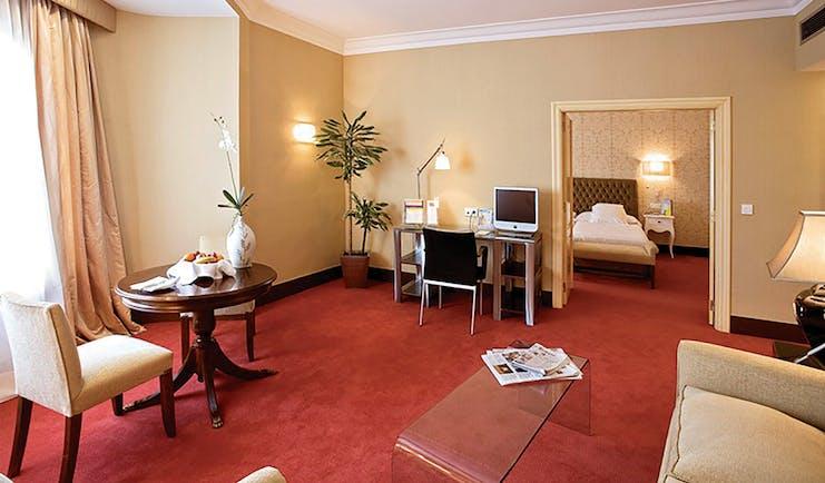 Hotel Carlton Bilbao junior suite bedroom living room traditional décor