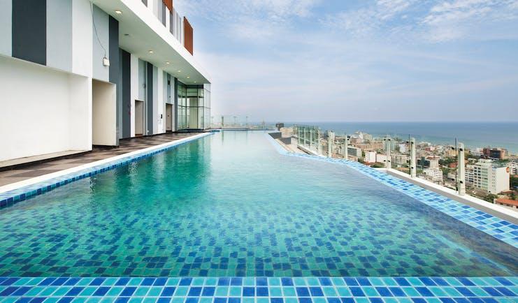 Cinnamon Red Sri Lanka pool views over the sea