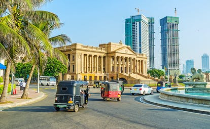 Colombo city centre, presidential secretariat office, sky scrapers, fountain