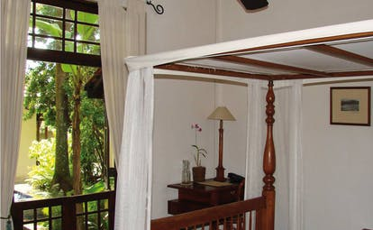 Havelock Place Bungalow Sri Lanka bedroom with four poster bed