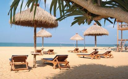 Mount Lavinia Hotel Sri Lanka paradise beach sun loungers beach volleyball