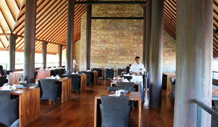 Jetwing Vil Uyana Sri Lanka restaurant indoor dining area modern décor
