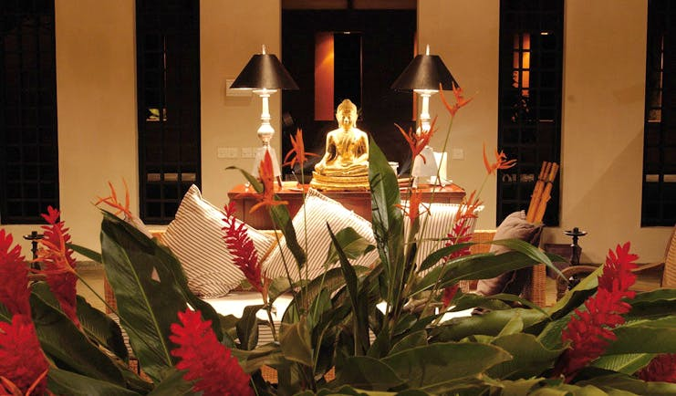 Kahanda Kanda Sri Lanka lounge buddha seating area flowers gold buddha statue