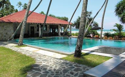 Weligama Bay Resort Sri Lanka garden pool bungalow outdoor pool sea view