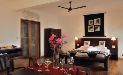 Weligama Bay Resort Sri Lanka royal bedroom with dining area