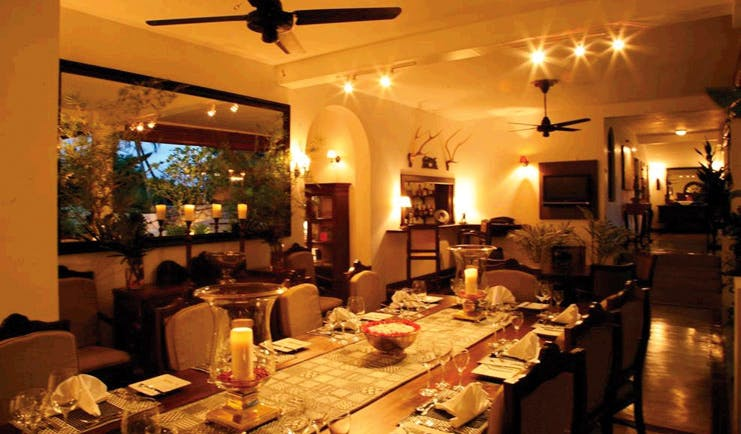 Clingendael Sri Lanka restaurant indoor dining area with candles