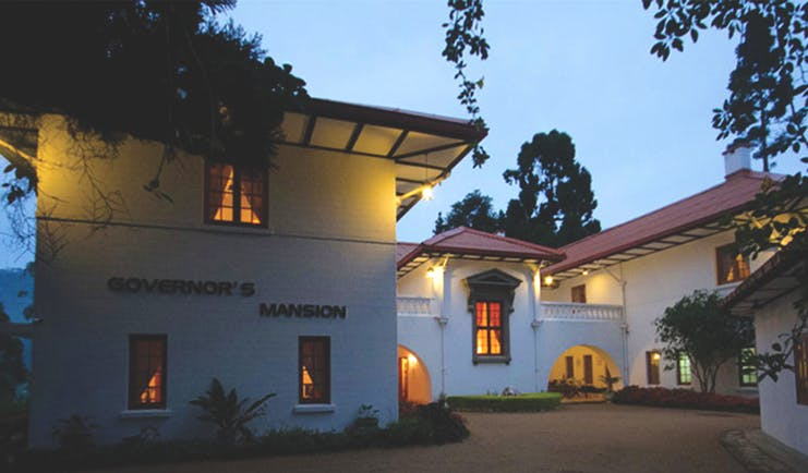 Governor's Mansion Sri Lanka exterior hotel building drive way