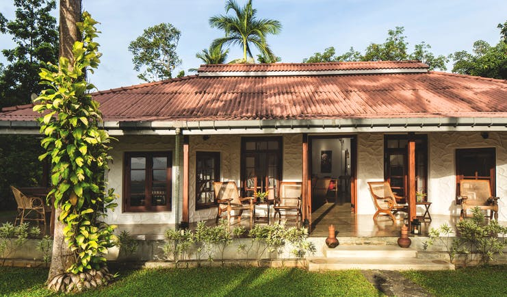 Rosyth Estate House Sri Lanka exterior hotel building veranda lawns trees