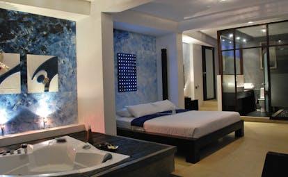 Theva Expressions Sri Lanka blue bedroom LED artwork jacuzzi and bathroom