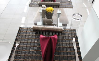 Theva Expressions Sri Lanka dining room place setting