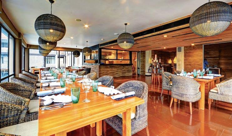 Cinnamon Bey Sri Lanka dining terrace outdoor dining