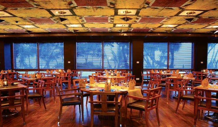 Heritance Ahungalla Sri Lanka restaurant indoor dining modern décor