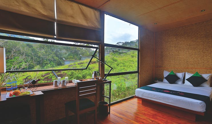 Rainforest Eco Lodge chalet inerior